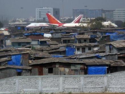Mumbai Slums - Edge of Airport
