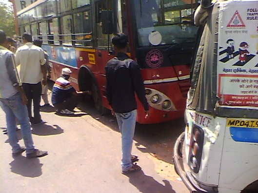 Bus Accident, New Market, Bhopal