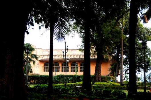 kmlapati palace