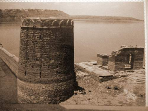 Fatahgarh frot ramparts