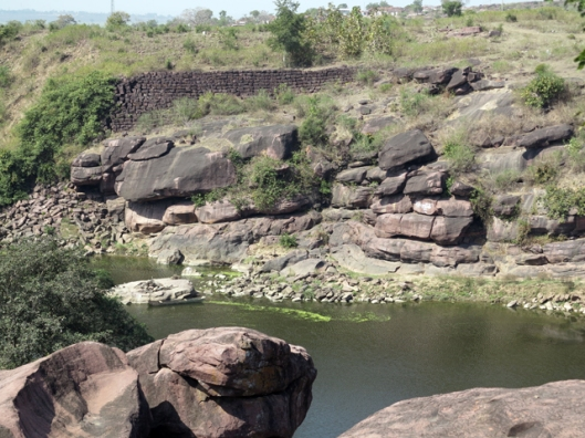 The undammed river besides Bhojpur