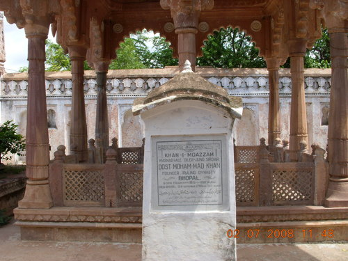 tomb Dost Mohommmad Khan