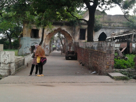 near shahehanabad gate (2) res