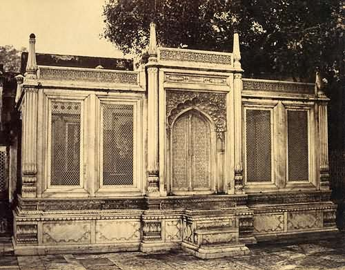 Tomb of Mirza Jahangir of Delhi